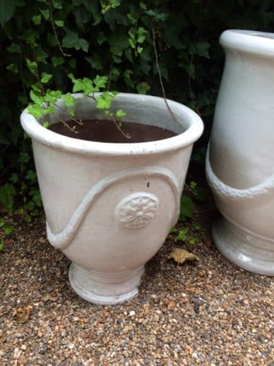 White Swag Pot Planter Image 3