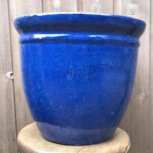 blue glazed pot with rim detail